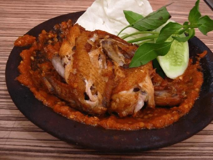 Resep Ayam Penyet Khas Surabaya
