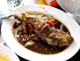 resep masakan khas indonesia ikan gabus pucung khas betawi