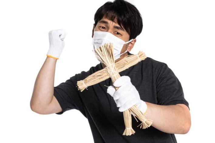 Страхи COVID-19. Из Красного креста Японии украдены хирургические маски.