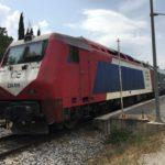 アテネからカランバカへ鉄道で移動