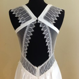 Low illusion and lace back detail by Rembo Styling