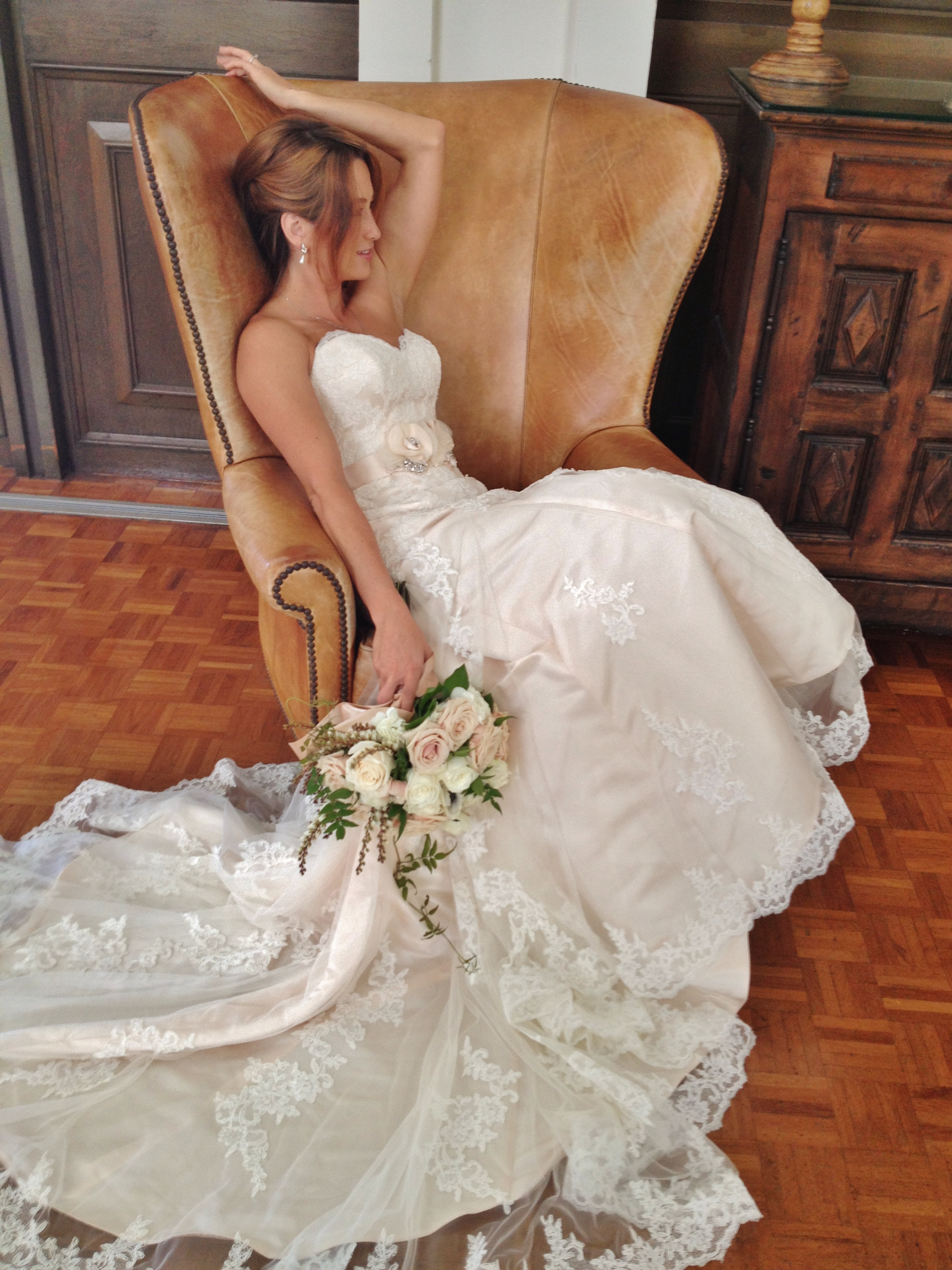 Mariko in Victoria Bridal, Kahala Hotel