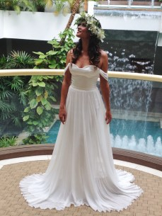 Daisy full length by Palazzo Bridal