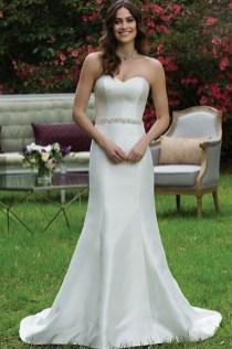 Under $1k wedding gown Nicole Miller