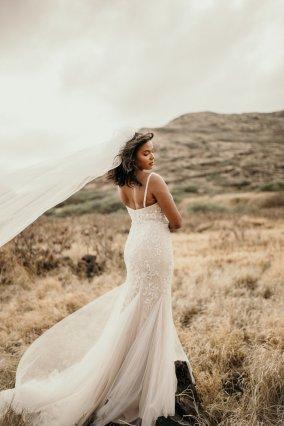 Lightweight bling wedding gown