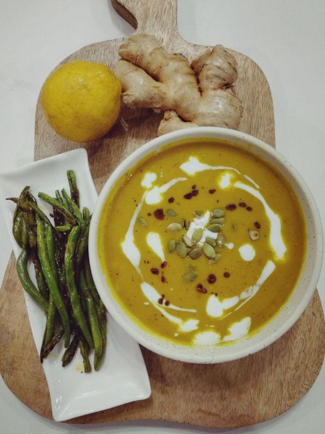 Sweet-potato-lentil-coconut-milk-vegan-soup