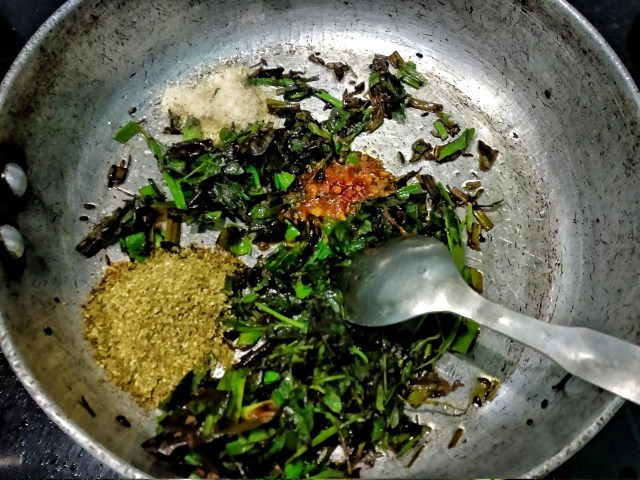 Add_chopped_Moringa_leaves_and_the_spices