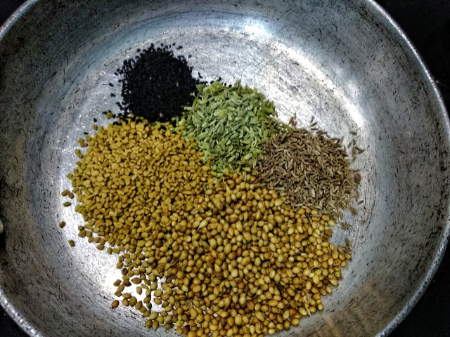 Dry_Roasting_the_Spices