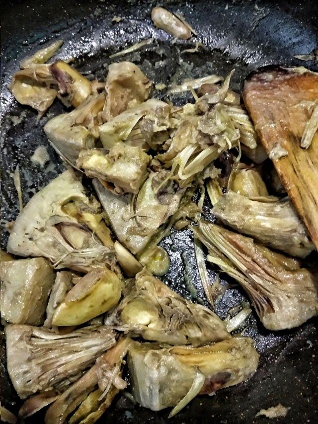 Cooked Jackfruit Pieces