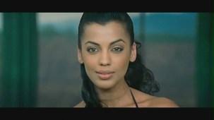 Fashion - Mugdha Godse's Bikini Ramp Walk HD - YouTube(2)[(000645)20-40-37]