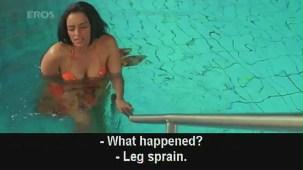 Hot n sexy Shweta Menon in swimsuit - Naan Avan Illai 2 - YouTube[(000570)20-48-11]