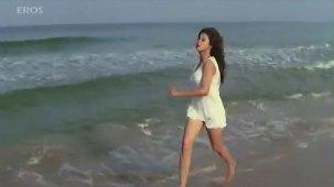Tanha Tanha song (HD) - Rangeela - YouTube[(000389)20-35-21]