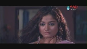 Kiran Rathod Sexy big Boob Show On Wet Saree From High School - YouTube(3)[(003910)19-55-00]