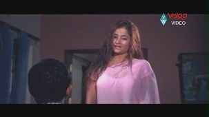 Kiran Rathod Sexy big Boob Show On Wet Saree From High School - YouTube(3)[(004050)19-55-14]