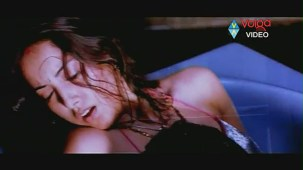 Raatri Songs - Cheli Pedavipai - Sayaji Shinde Preeti Mehra - Hot songs - YouTube[(002448)20-16-06]