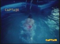 Silk Is Thirsty In Swimming Pool - YouTube(2)[(000326)19-48-51]