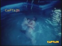 Silk Is Thirsty In Swimming Pool - YouTube(2)[(000341)19-48-57]