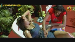 Srikanth massaging Mumaith Khan(2)[(000191)19-52-33]