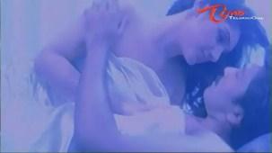 Aadhi Lakshmi Songs - Intakaalamu - Srikanth - Sridevi - YouTube(2)[(005174)21-03-02]