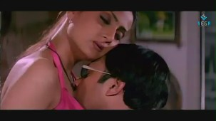 Swapnam-Back To Back Romantic Clip-3 - YouTube[(005264)20-48-29]