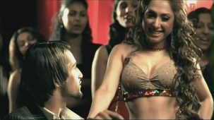 Hot 'n' Sizzling Sanobar - Kaan Mein Jhumka Remix - Full Video Song HD - YouTube(2)[(005707)20-54-27]