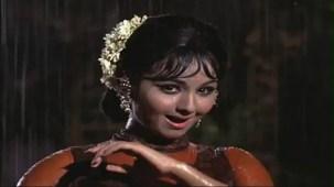 Haay Re Haay - Humjoli - Jeetendra, Leena Chandavarkar - Bollywood Superhit Rain Song - YouTube[(003993)19-56-21]
