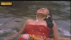 Tan Badan 1986 Hindi Movie Scene- Hot Sexy Scene - YouTube(2)[19-48-27]