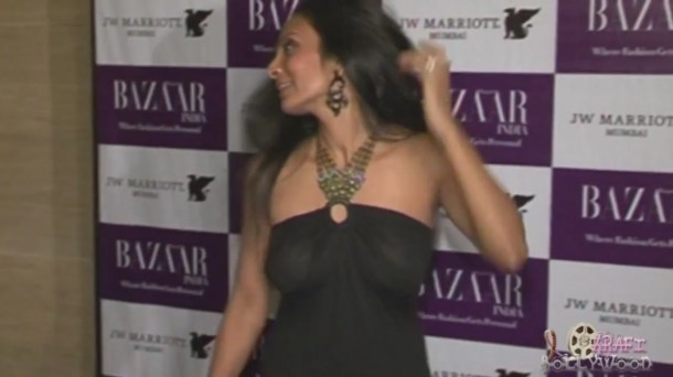 Suchitra Pillai's Severe Wardrobe Malfuntion[19-40-10]
