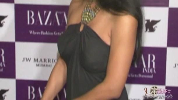 Suchitra Pillai's Severe Wardrobe Malfuntion[19-41-45]