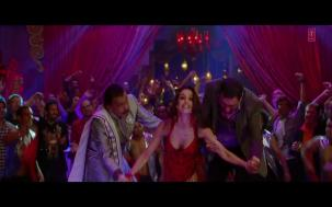 _Anarkali Disco Chali Full Song_ _ Housefull 2 _ Malaika Arora Khan[19-56-43]