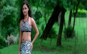 Yeh Lamhe Judaai Ke - Part 8 Of 10 - Shah Rukh Khan - Raveena Tandon - Superhit Bollywood Movies - YouTube(4)[19-43-18]
