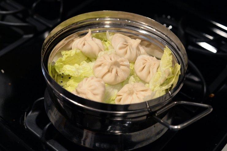 soup-dumplings-in-the-steamer