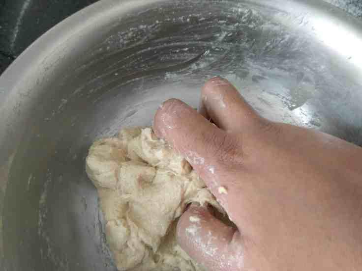 Steps to Bake Whole Wheat Cumin and Onion Buns