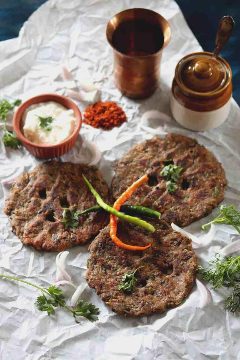 Methi Thalipeeth (Methi Millet Flatbread)
