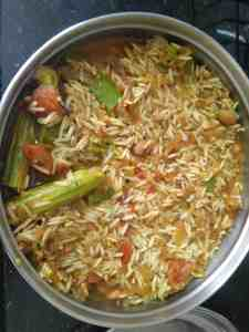 Maharashtrian Masale Bhat in pressure cooker