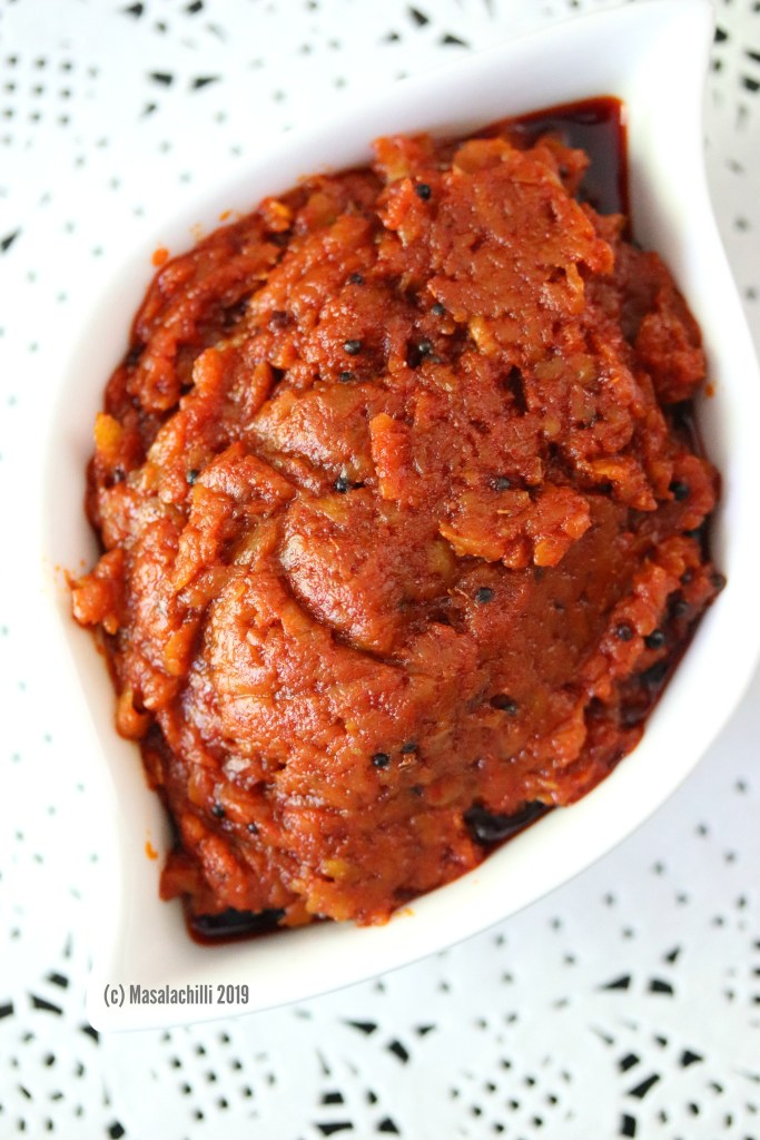 Close up image of the fiery mango pickle