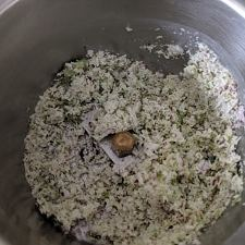 Coconut and green chilli mixture for sundal