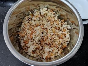 coconut gravy prep