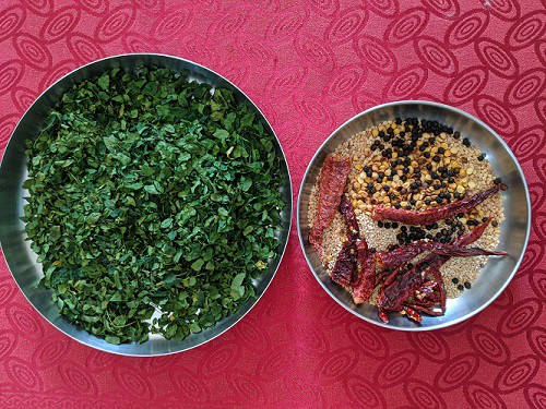 Ingredients for Murungai Keerai podi recipe