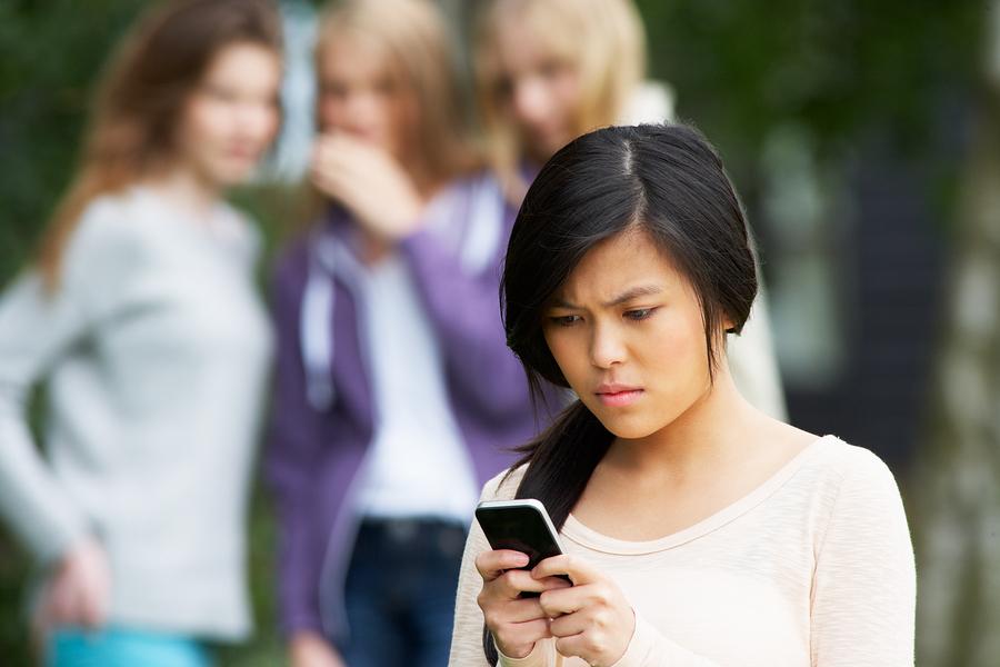 Spring break social media safety