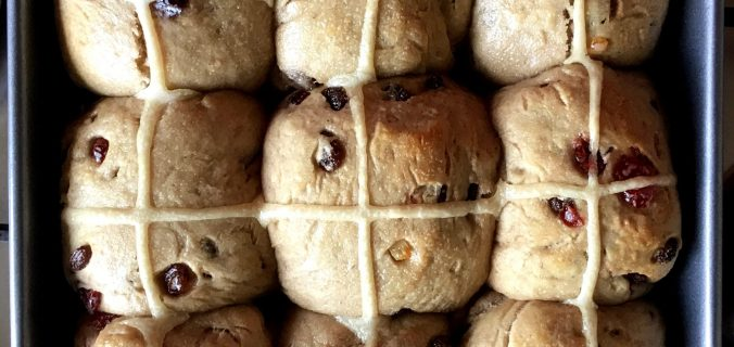 Vegan, Wholemeal Hot Cross buns