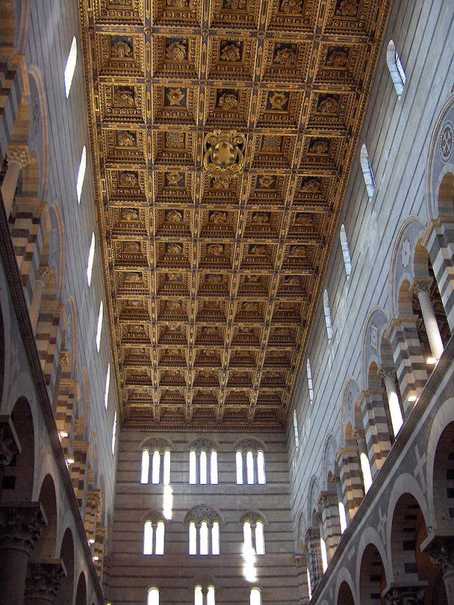 Casetones en el techo de la Catedral de Pisa.