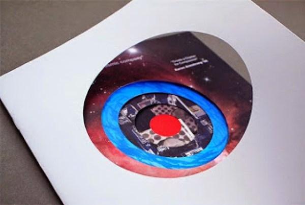 Contoh desain brosur desain kreatif - TED Creative Brochure design Ideas 02