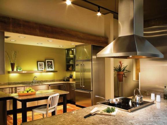 Menentukan Warna Cat Dapur Rumah - CI-St-Charles-Cabinetry_green-colorful-kitchen
