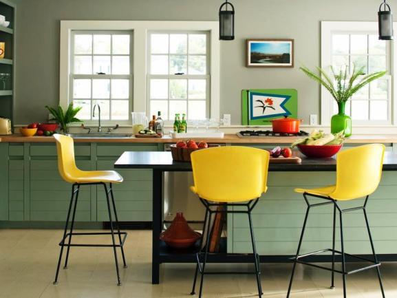 Menentukan Warna Cat Dapur Rumah - DD Allen yellow barstools kitchen soft-green cabinets