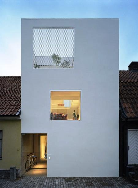 Desain Interior Terbaik Untuk Rumah Sempit - Townhouse in Landskrona by Elding Oscarson 1