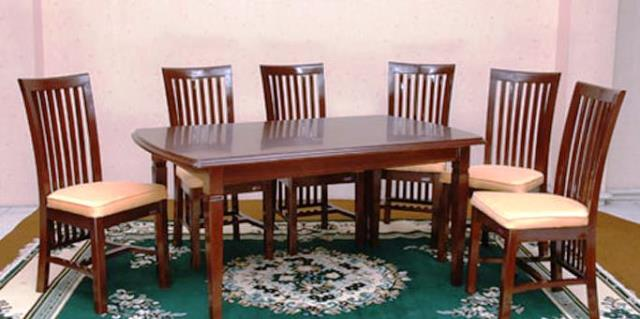 Oscar Furniture Jual Meja Makan di Jakarta