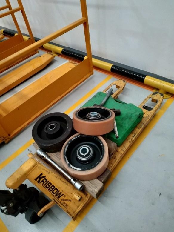 Jual Forklift Semua Merk MSJ Group.co.id Service Reparasi Forklift Spare Parts Forklift