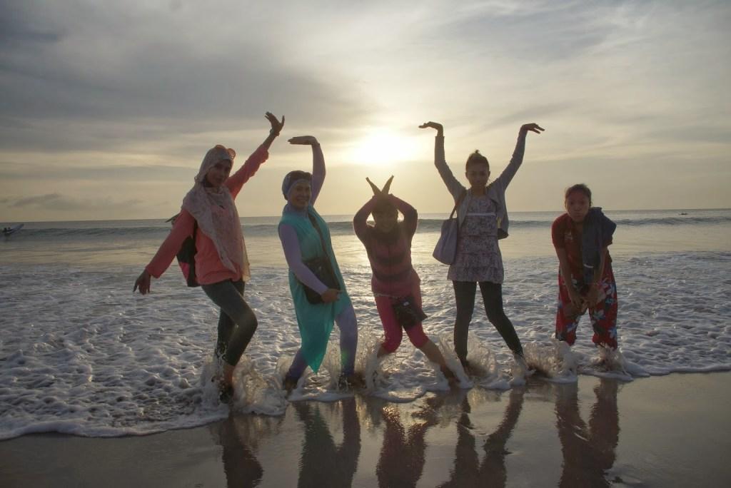 foto foto di pantai karang jahe rembang
