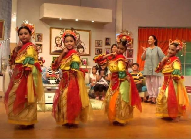 nama nama tarian daerah tradisional Indonesia dan maknanya Tari Nandak Ganjen dari Betawi atau provinsi Jakarta